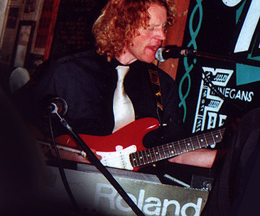 Dave with Soul Inferno – Finegans Wake, Edinburgh in 2006